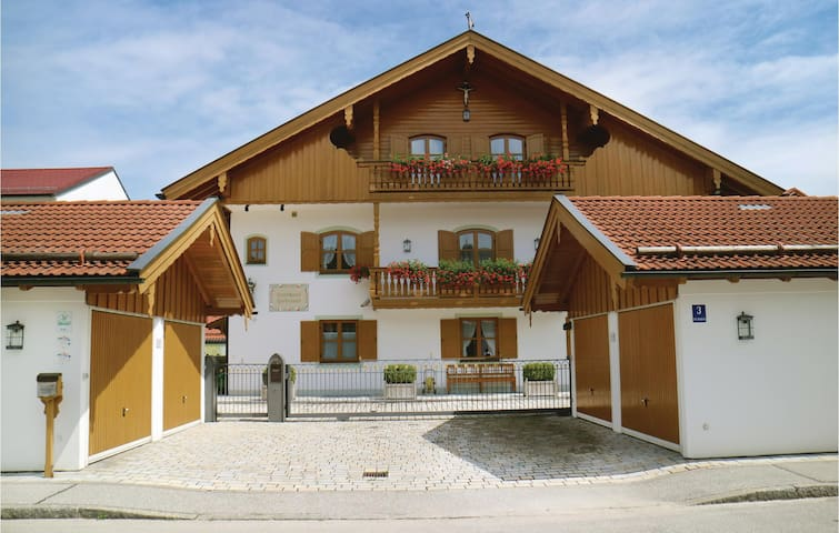 Holiday apartment with 2 bedrooms on 70 m² in Bad Tölz