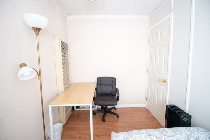 #66/Private Room #66/ New Furnitures/Close Apple