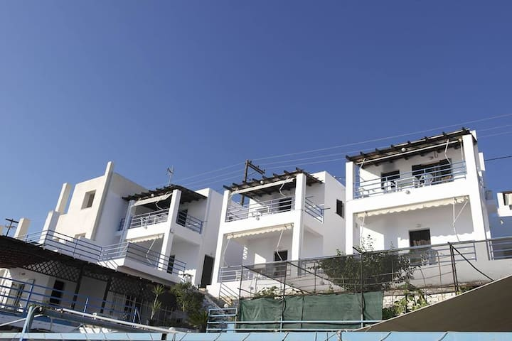 8 Apartments 50m2 with sea view (no 4)