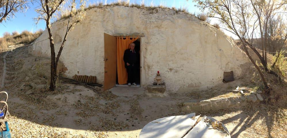 Survival Cave near Madrid