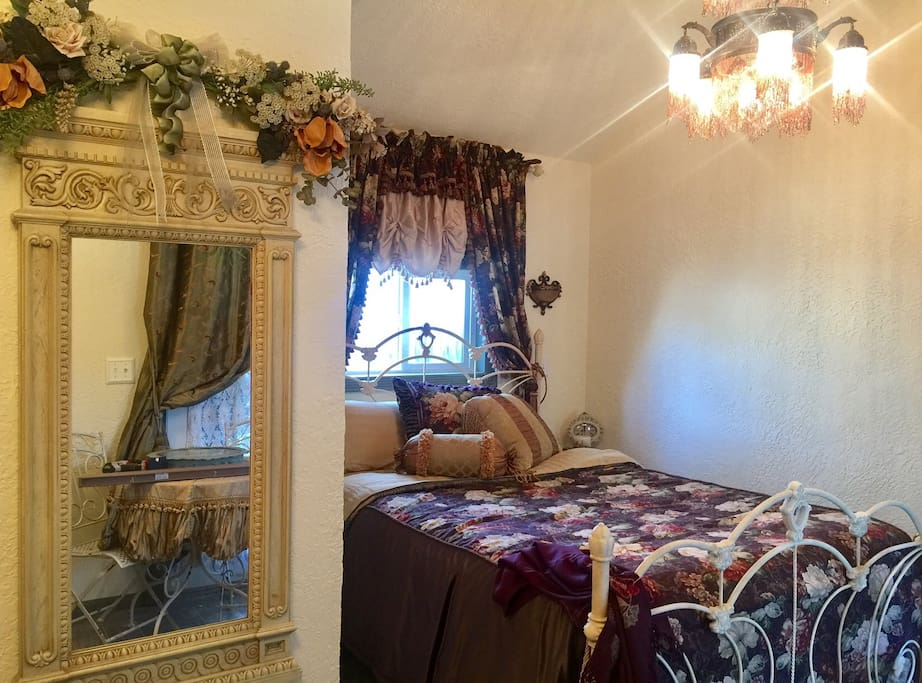 The Queen size bed is designed with custom made bedding. 100% cotton sheets and down pillows...