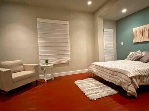 SunKissed Casita | 5★ Location | ♛Royal Beds + Pkg