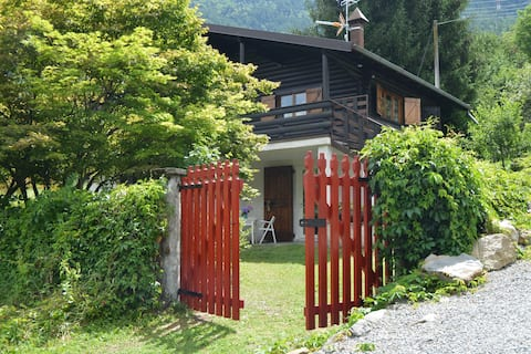 """Holiday Chalet in Valtellina """"At Red Gate"""""""