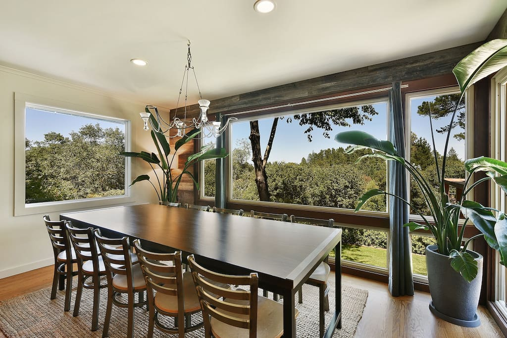 9 foot table with Reclaimed wood walls and gorgeous views (seats 10-12)