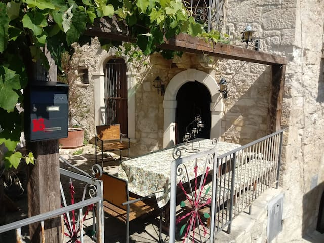 Airbnb Rapino Vacation Rentals Places To Stay