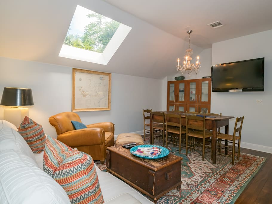 The Eleanor Guest House Apartments For Rent In Austin
