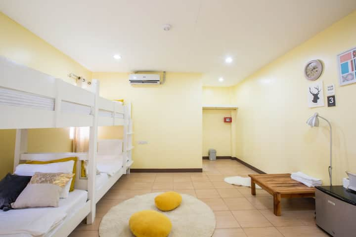 2B (Male Dormitory, 2Bunk beds, good for 4men)
