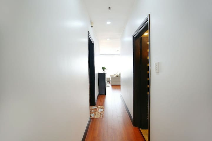Reasonable layout design, move easily in the apartment.