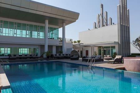 Beautiful apartment with pool - Phnom Penh - Apartment