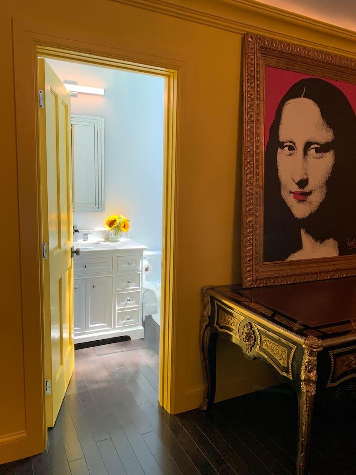 Sag Harbor Mona Lisa suite
