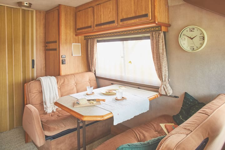 Retro Motorhome retreat to the French countryside! - Saint-Clar - Camper/RV