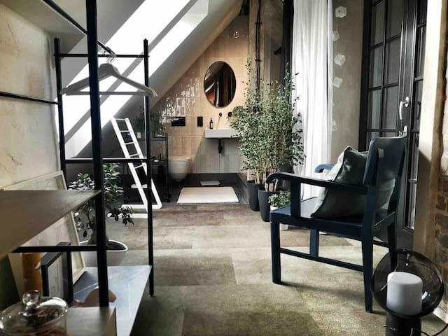 Mysticloft rooms in the heart of Warsaw Nowy Świat