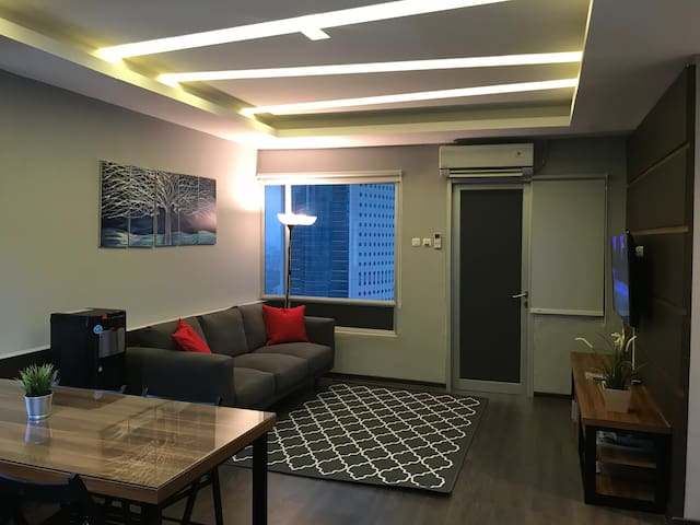 Affordable 3BR Apt in Prime Sudirman