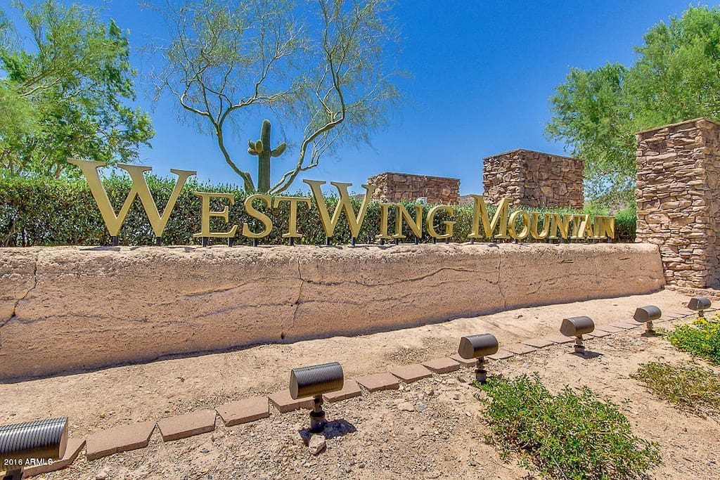 Welcome to the WestWing Mountain neighborhood!