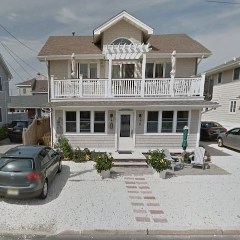 Big Beautiful JerseyShore Beach House on Boardwalk - Lavallette - Casa