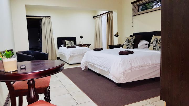 Onse Khaya Lodging & Conferencing - Family Room