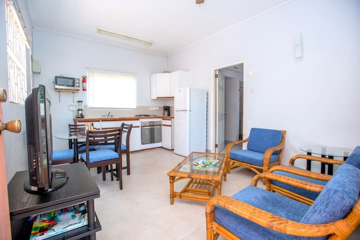 Bougainvillea Apartments- Standard One Bedroom