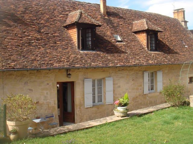 Chez Ginette et Régis - Badefols-d'Ans - Dům