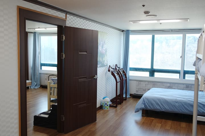 JOONHOUSE LAKEVIEW4 5Minutes From TERMINAL by walk - Yeongrang-dong, Sokcho-si - Apartment