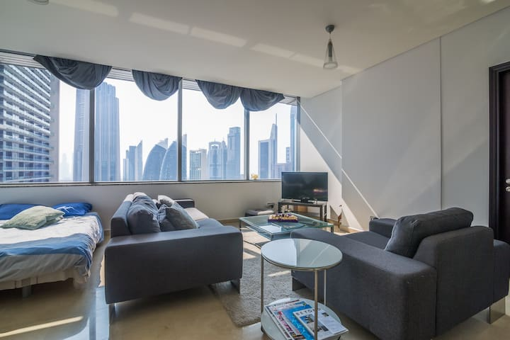 Luxury Apartment in Central Dubai