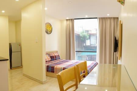 Center Hanoi, Hoan Kiem Lake, Bedroom View Studio