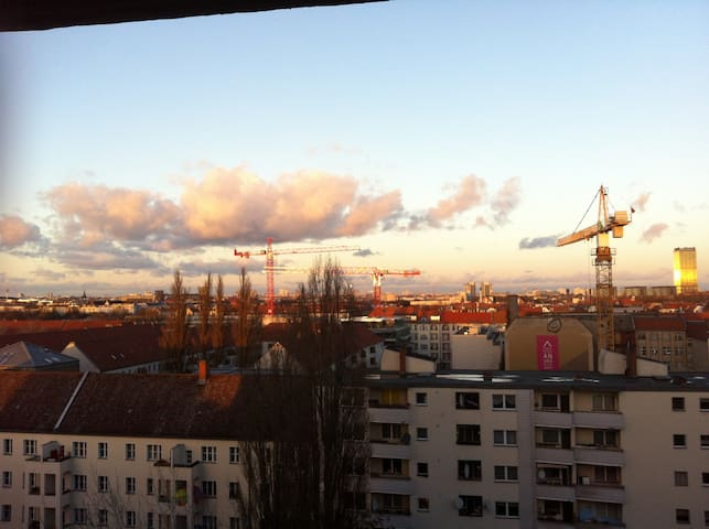 Amazing view in a relaxed studio apartment - Berlin - Appartement