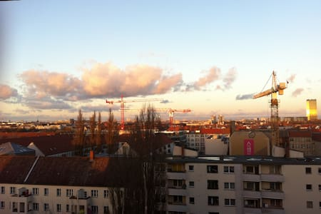 Amazing view in a relaxed studio apartment - Berlin - Wohnung