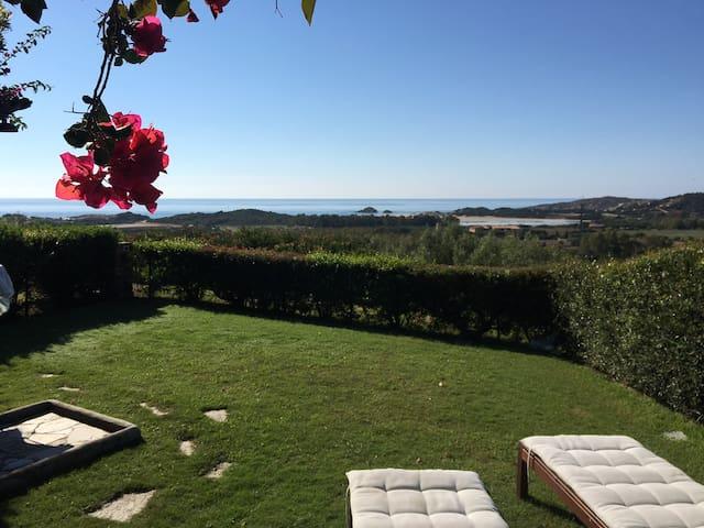 Villa Bouganville con spettacolare vista mare