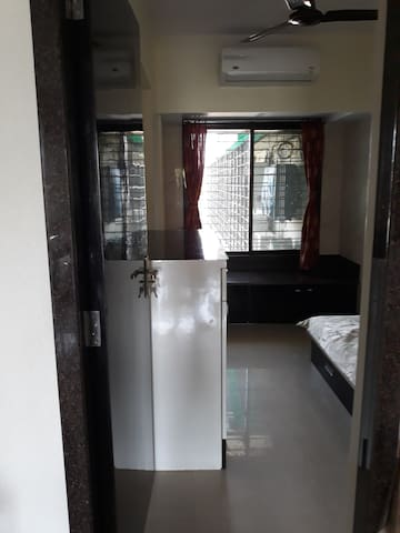 1 bedroom with wardrobe, ac & storage in Andheri W