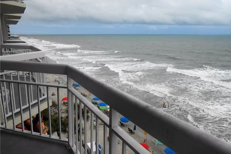 Beach Front Condo - Társasház