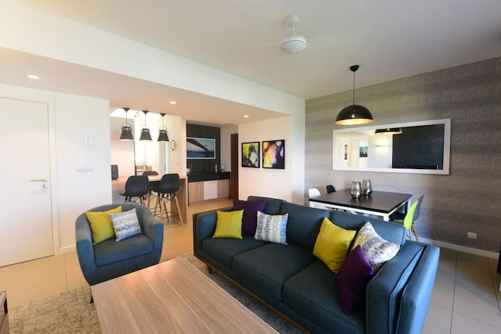 Azuri  - Luxury Apartment - Roches Noires
