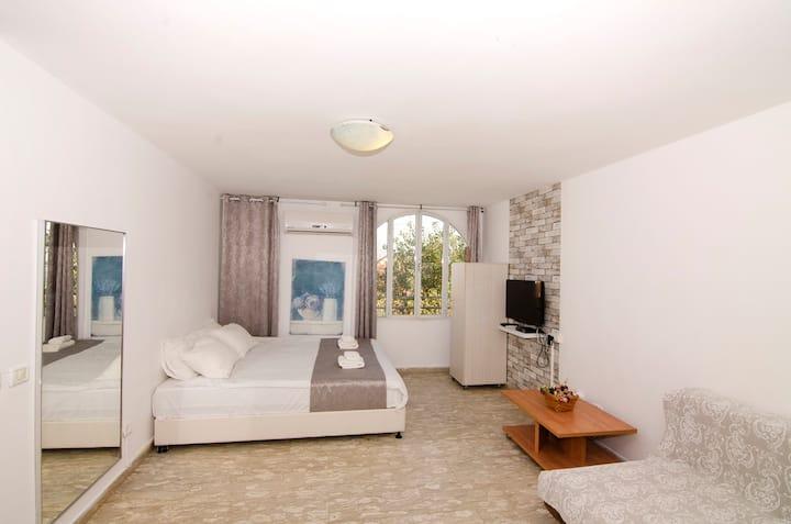 Villa Laguna -with sea view (5)discounted price