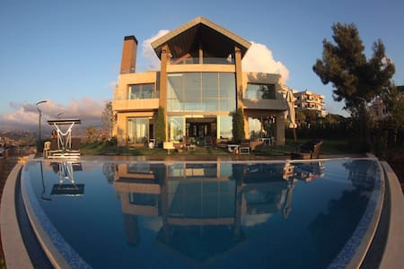 Villa K