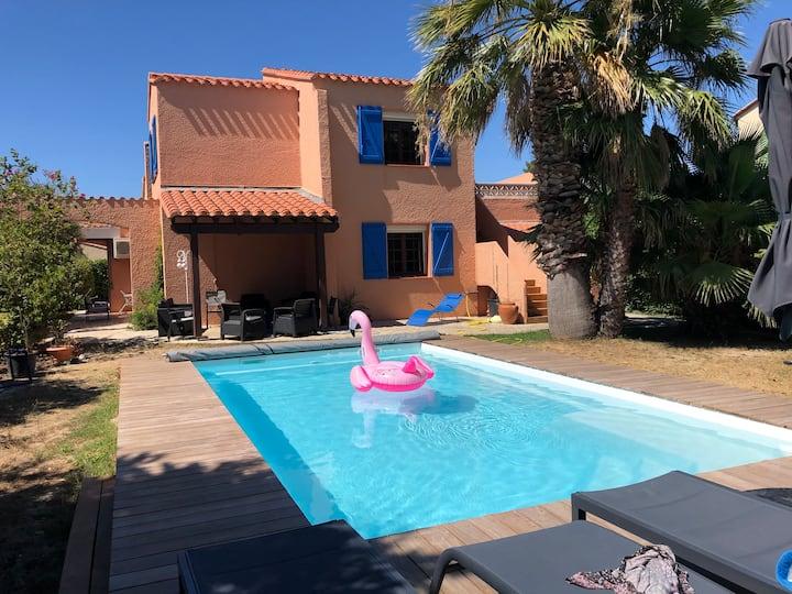 Villa de charme à Saint Cyprien, piscine, jardin