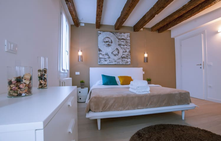 ST MARK VENICE STYLISH APARTMENT - Venice - Apartmen