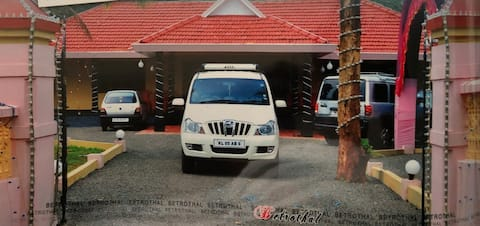 VACATION HOME FOR RENT NEAR KOTTAYAM IN KURUMULOOR