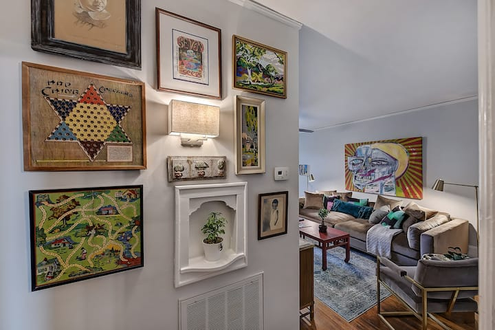 Warm, Inviting and Filled with Art in Friendly Walkable Elizabeth