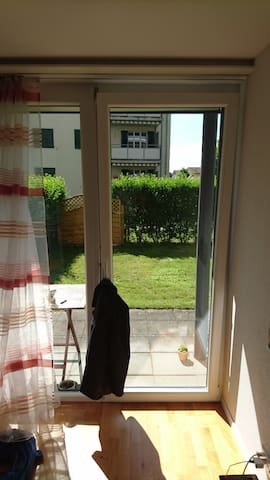 1 Room Center Zug, 5 Min. walk Lake/Trainstation - Zug - Apartmen
