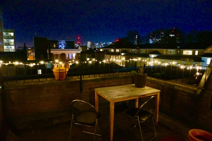 Large Double Room with Roof Top in Shoreditch - London - Hus