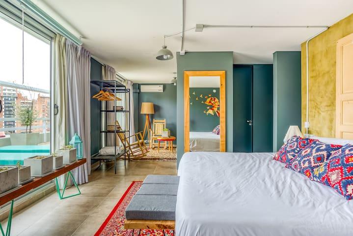 Selina Cordoba - Unique Room