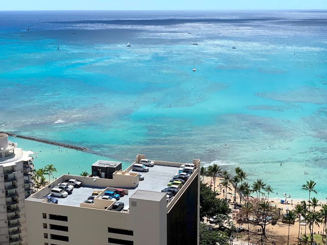 ROOFTOP POOL -View on Island- Chalet Waikiki -AC
