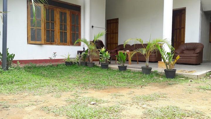Hotel 4U Udawalawe