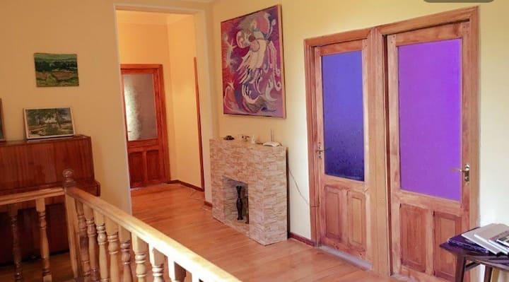 Areguni Guest House R-N2