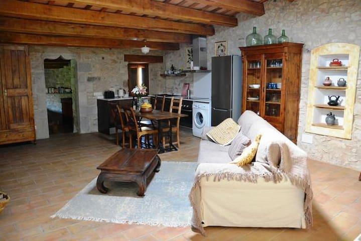 CAN FELIU Apartment, Sant Daniel - Girona