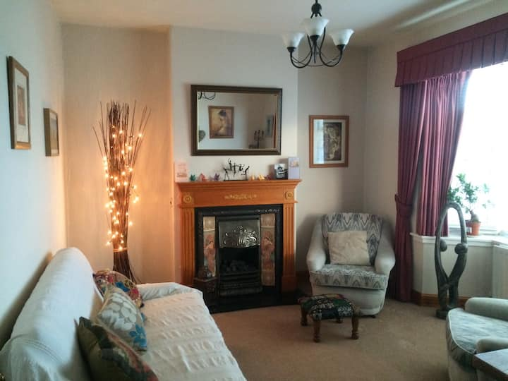 Double Room Broughty Ferry with Private Bathroom