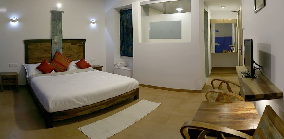 Hotel Zorba Inn, Kolhapur Deluxe Room Non Ac