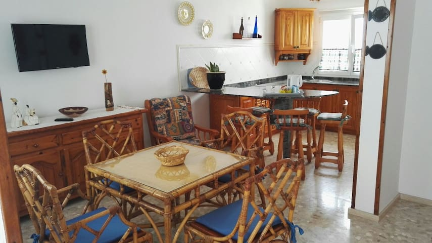 "Duplex ""by the sea - cerca del mar"" con WiFi - Arrieta"
