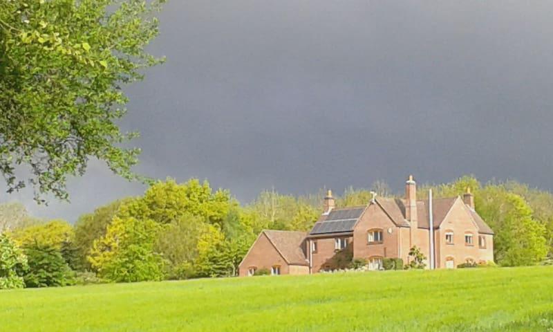 53 Degree North - Derbyshire - Bed & Breakfast