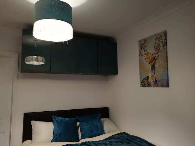 Beautiful double room-Near NEC/Airport