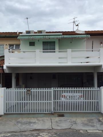 19 Butterworth Homestay, Penang, Malaysia - Butterworth - Casa